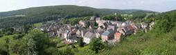 Vue sur le village de Vierves | GR 125